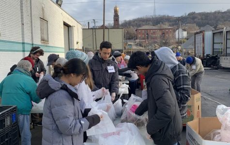 Schantz has partnered with the Greater Pittsburgh Community Food Bank for one event so far. NAI students Quinn Volpe, Anthony Puthenpurackal, Seys Walker, Venice Lin, and Anna Parsons attended the event to support and volunteer time with Schantz.