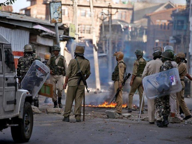 Indian+soldiers+in+Indian+Occupied+Kashmir%2C+where+the+day+to+day+conflict+is+taking+place.