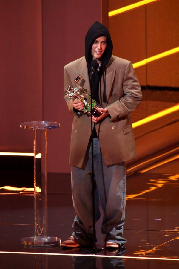 Justin Bieber accepts his VMA for Artist of the Year.
